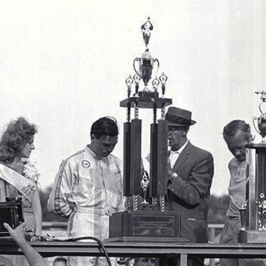 m_1963milwaukee_jim-podium-with-chapman.jpg
