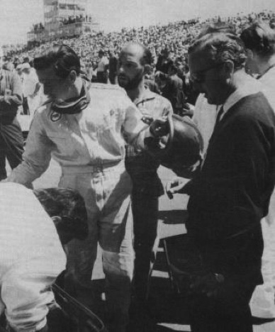 Stirling Moss venu encourager JIm à Indianapolis en 1963