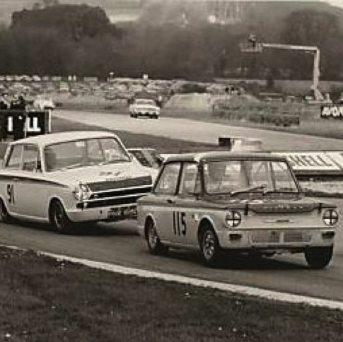 1966 JIM CLARK'S LOTUS CORTINA HUSSLES NICK BRITTAN'S IMP AT GOODWOOD, ST MARY'S TROPHY, 11TH APRIL 1966.JPG